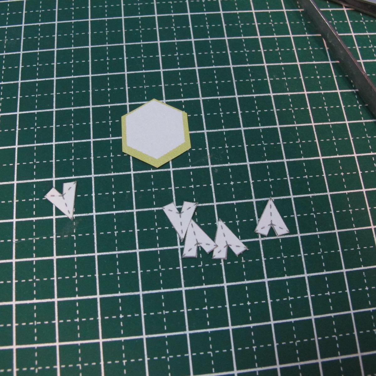 วิธีการทำโมเดลกระดาษเป็นสตอเบอรี่สีแดง 011
