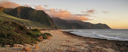 ocean sunset mountains beach canon hawaii pacific oahu shoreline g11 waianae yokohamabay explored kaenapointstatepark
