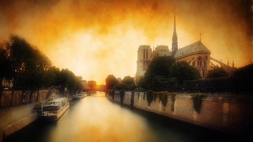 sunset paris france texture church water seine river nikon basilica textures nikkor notre dame f28 massimo parigi d800 cuomo 1424