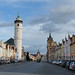 Domažlice – náměstí Míru s městskou věží a Dolní bránou, foto: Petr Nejedlý