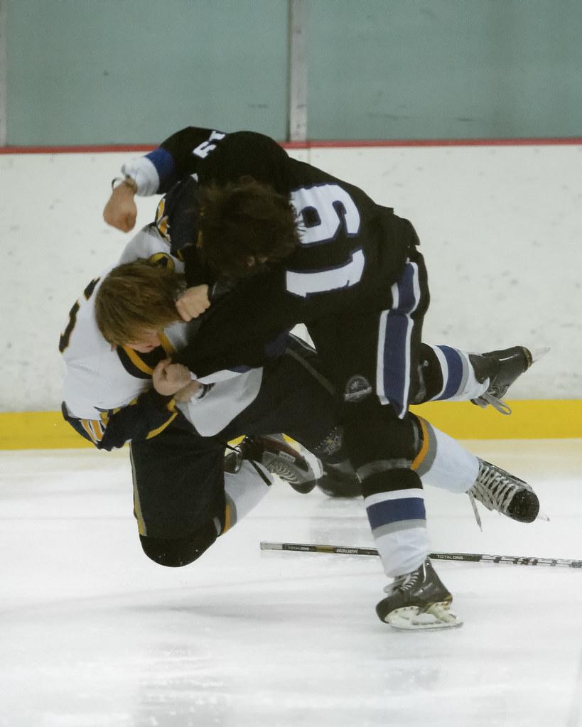 Mitch Nordskog (#10) and Blake Sundy (#19)