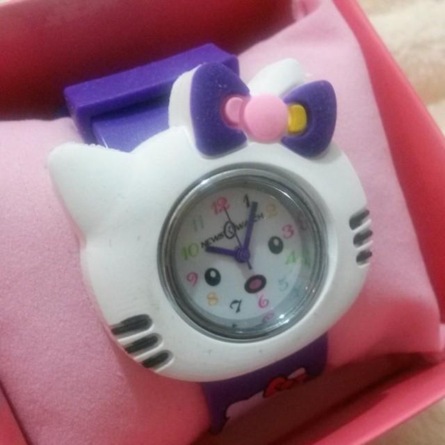 5e3a7e8ff ... ساعة لولو كاتي للاطفال مع حزام اضافي ب 15 ريال #عطورات#شنط #اكسسوارات