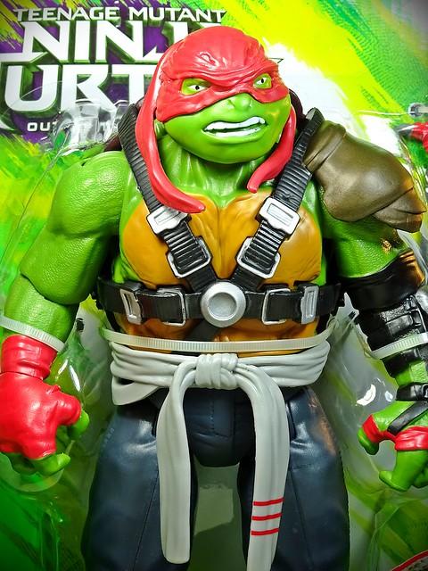 Playmates – Teenage Mutant Ninja Turtles – TMNT – Out of the Shadows – Raphael Close Up