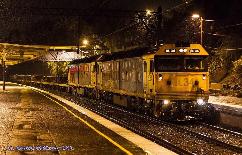BL34-BL29 with #9558 up Long Island steel train at Toorak (13/7/2013) by Bradley Matthews