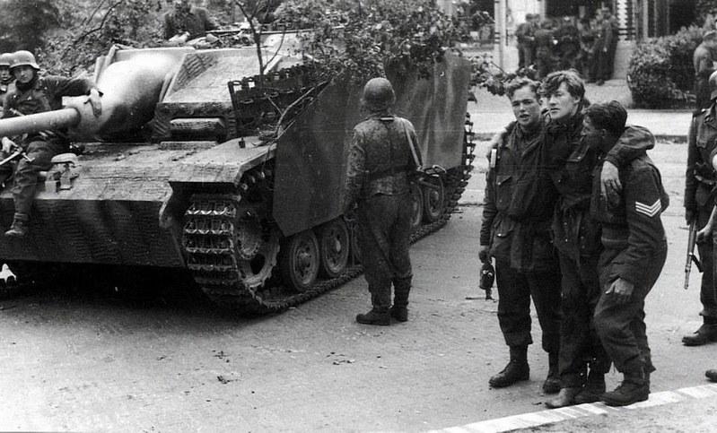 Arnhem IX. 1944