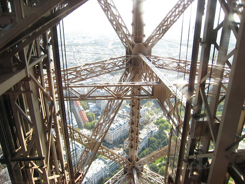109 Paris - Tour Eiffel | by Photos et Voyages