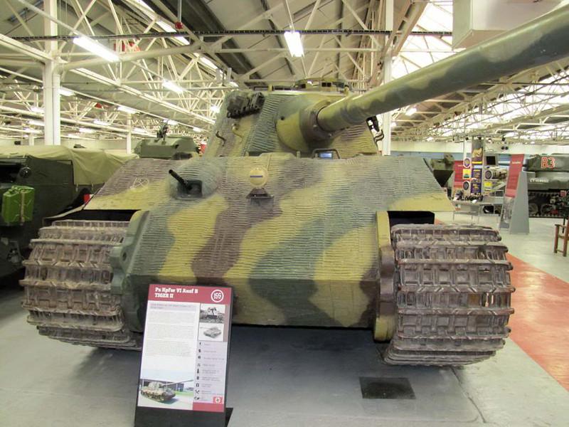 PzKpfw VI Ausf (4)