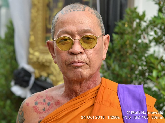 2015-11a Buddhist Monks in Thailand (29)