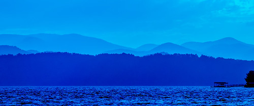 mountains great smoky greatsmokymountains appalachiabeautifulbluecampingcarolinacloudsforestforkgorgehikehikinghillsjocasseelakelandscapemorningmountainnatureoutdooroutlookpanoramaparkreflectionridgesceneryscenicsitesmokysouthstatestateparksunsunrisesunsettravel