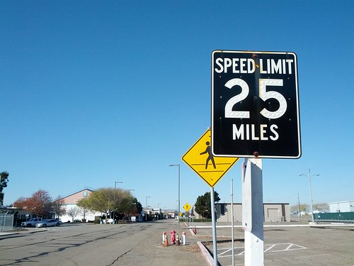 Speed limit 25 miles | by Eric Fischer