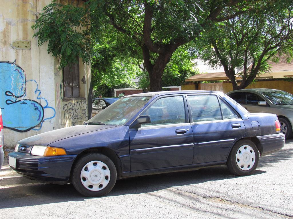 Ford Escort 1.9 LX 1995