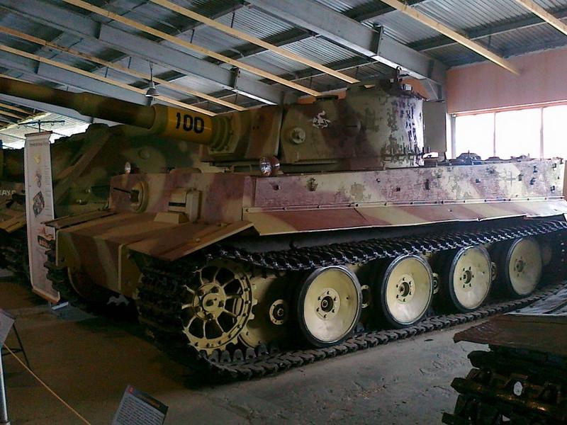 PzKpfw VI - Tiger (1)