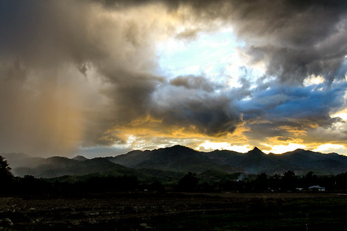 sunset sky mountains color rain misty canon landscape thailand hills raining pai 1740mm llens