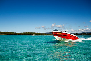 Speed Boat @ Île aux Cerfs, Mauritius!!! | by Natesh Ramasamy
