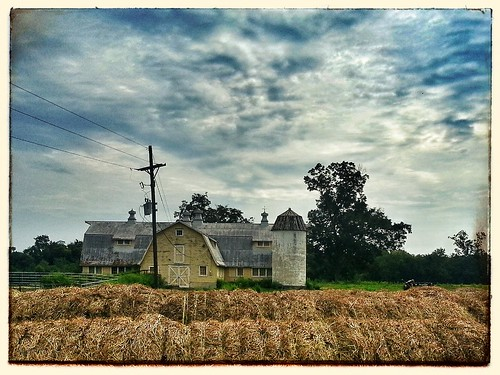 barn pasture hay grandcoteaula flickrandroidapp:filter=none
