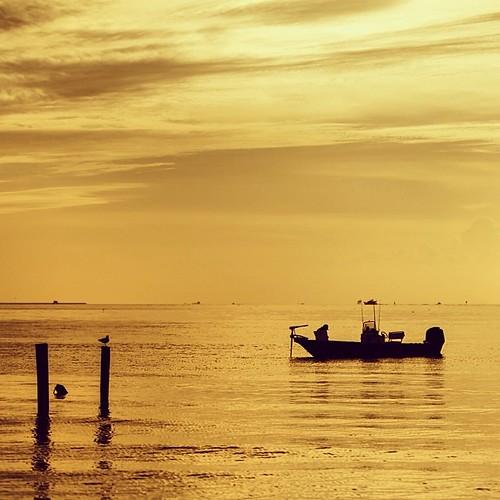 usa us yellow photography photo tx kemah fishing silhouette boat orange sunrise seascape texas 2013 mabrycampbell valencia iphoneography squareformat square instagramapp fav10 fav20 fav30 fav40 fav50 fav60 fav70 fav80 fav90 fav100 fav200 iphone