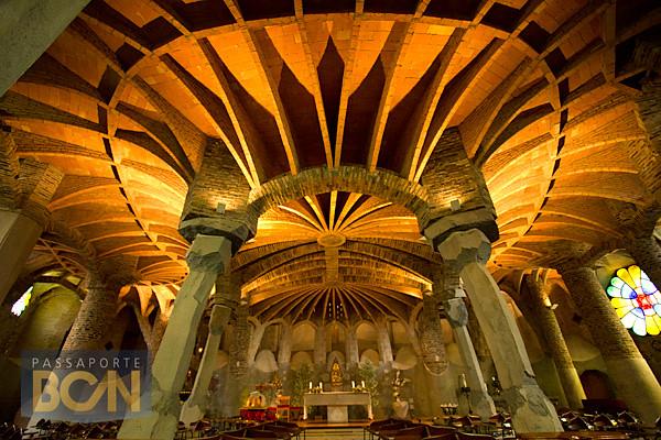 Cripta de la Colonia Güell