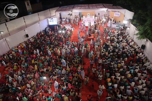 Long view of congregation