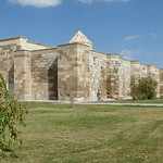 Sultanhanı Kervansarayi - exterior walls view