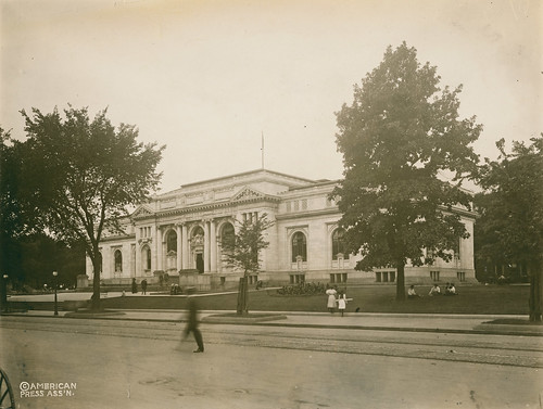 Carnegie Library (1911)