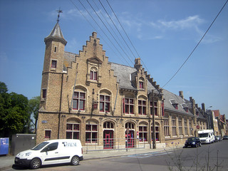 Postgebouw, Diksmuide | by Erf-goed.be
