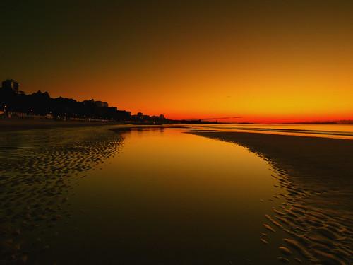 beach sunrise sand branksomechine panasoniclumixfz45 cobby31