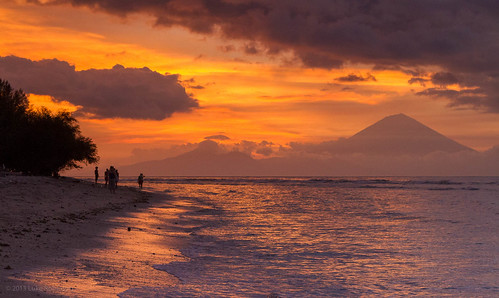 Sunset from Karma Kayak, Gili Trawangan | by Luke Robinson