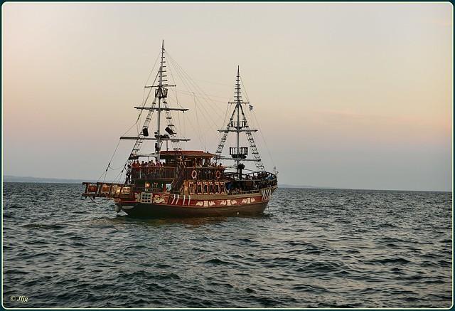 Por el Puerto de Salónica - Μια βόλτα στο λιμάνι Θεσσαλονίκης