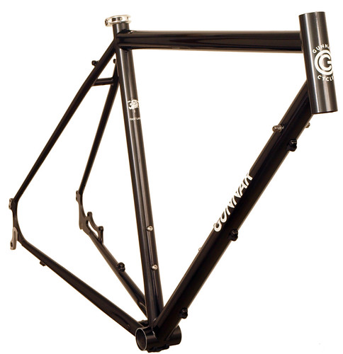 <p>Front view of Gunnar Fastlane Disc Cross / Commuter/ Touring Frame in Black with white Bullseye decals.  Perhaps our most versatile design ever, the Fastlane offers a comfortable fit, confident handling and durable construction.  With its chainstay mounted disc brakes, you get excellent wet weather braking plus easy rack and fender mounting.</p>