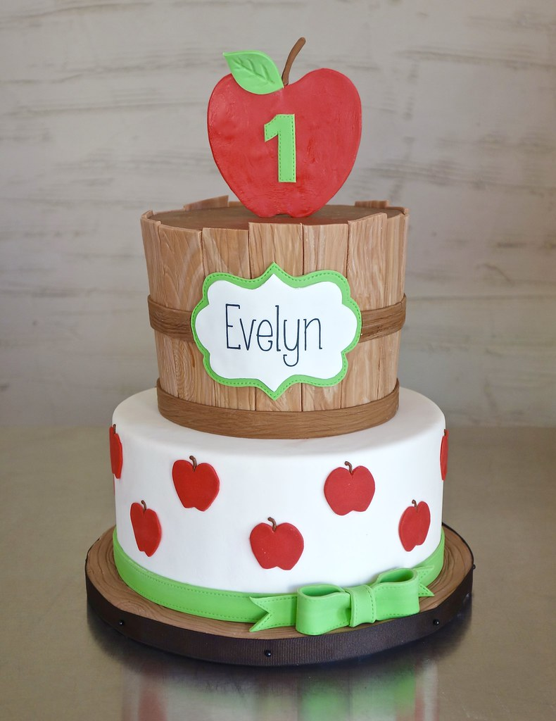 Awe Inspiring Apple Orchard 1St Birthday Cake For A Birthday Celebrated Flickr Funny Birthday Cards Online Fluifree Goldxyz