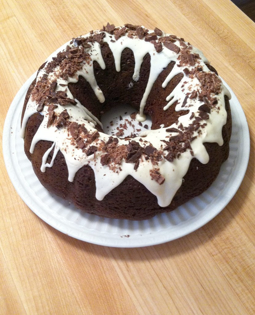 easy chocolate bundt cake recipe with vanilla frosting