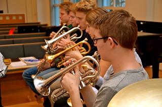 SYBB 2014-01-04 - Emil Nilsson och resten av bakre raden.