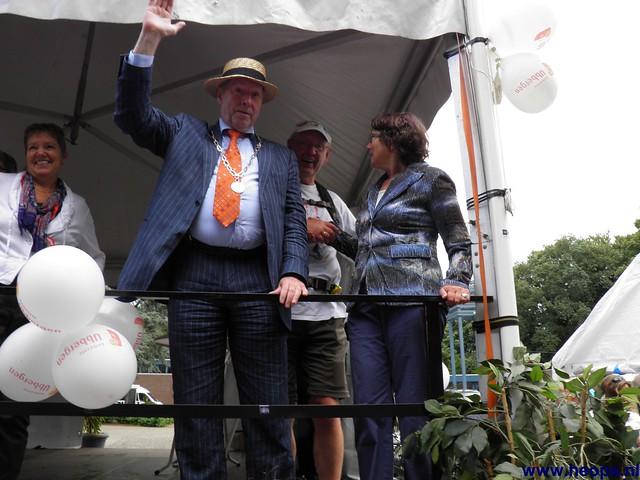 Nijmegen 2012 Heopa met div. Burgermeesters  (8)