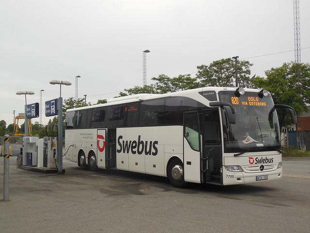 Swebus Nobina Mercedes 7700 WTA100 route 820 refueling Copenhagen
