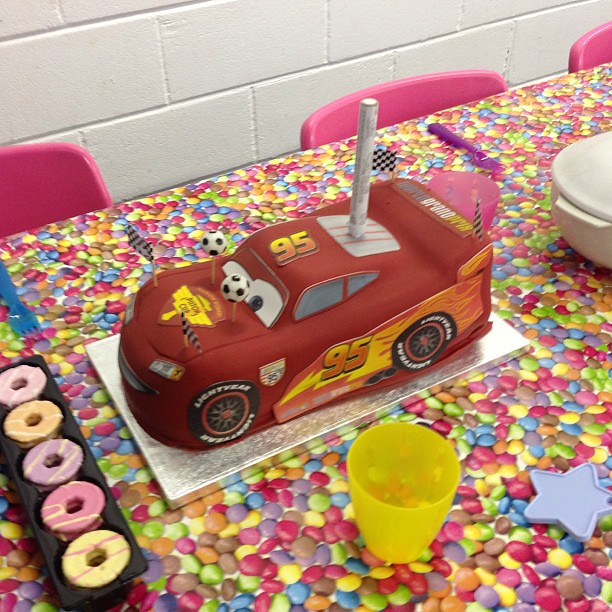Strange Asdas Birthday Cake At Dizzy Kids The Perfect Party Place Flickr Personalised Birthday Cards Vishlily Jamesorg