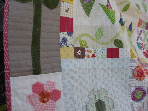 do. Good Stitches: a charity bee - Cherish circle - Quilting Detail