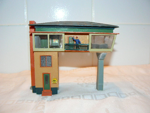 HO Scale Buildings with HO Scale Figures | HO Scale Building… | Flickr