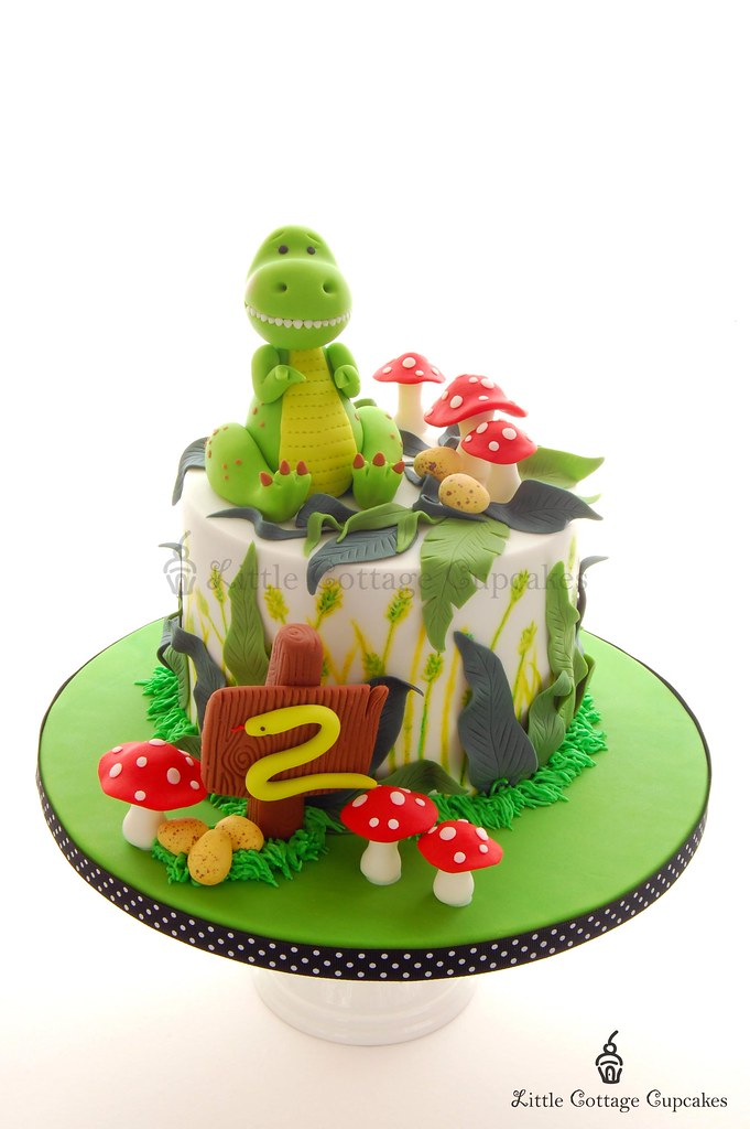 Outstanding Dinosaur Cake For My Little Boys 2Nd Birthday He Loves D Flickr Personalised Birthday Cards Paralily Jamesorg
