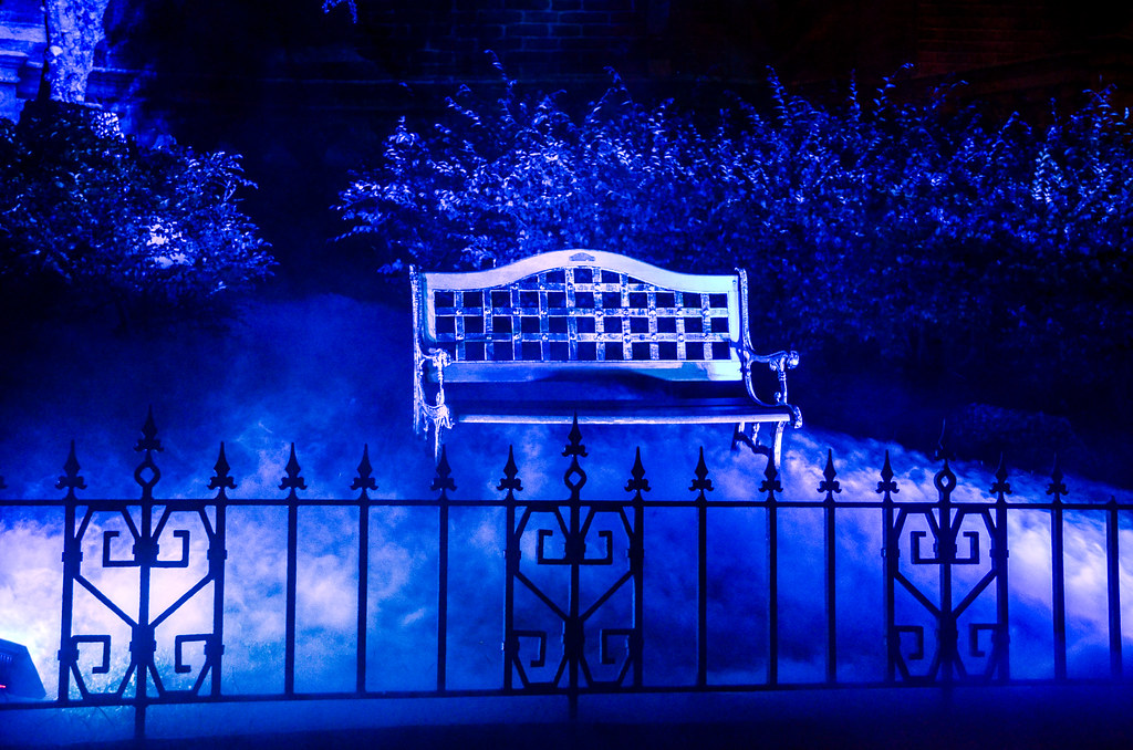 MK Haunted Mansion bench