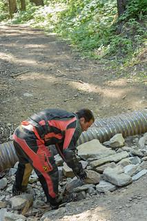 Jesse builds a bridge