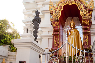 2013-11-10 Thailand Day 03, Wat Upakhut, Chiang Mai | by Qsimple, Memories For The Future Photography