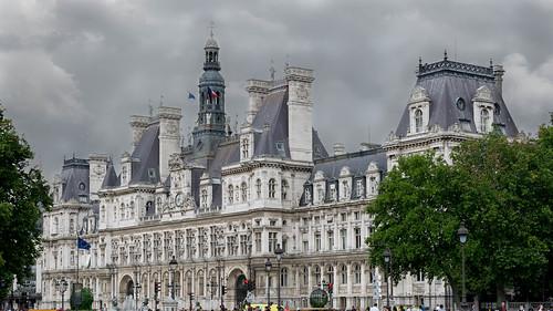 L'Hôtel De Ville, Paris | by Dan Guimberteau