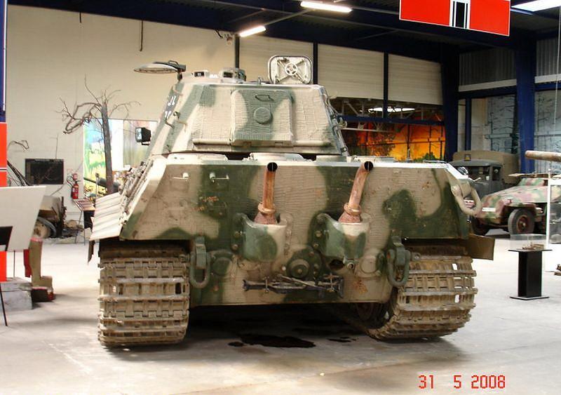 PzKpfw VI Ausf.B -Tiger II  (9)