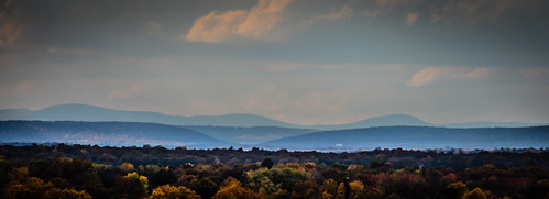 from park county blue trees usa mountain mountains color colour tree fall colors leaves landscape virginia us leaf colours unitedstates hill hills ridge american va fairfax shenandoah northern range parc centreville chantilly viewed ilobsterit