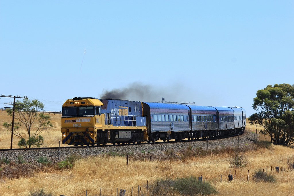 NR2 eases the Overland around the bend and into Murtoa by bukk05