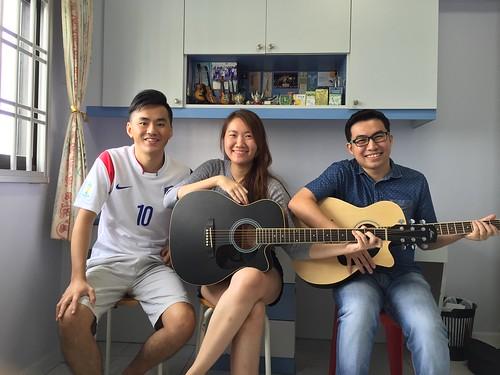 Group guitar lessons Singapore Janice Kelvin