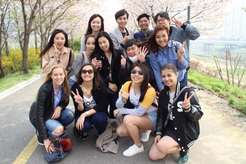 Nguyen, Anna; South Korea - Episode 12 (16)
