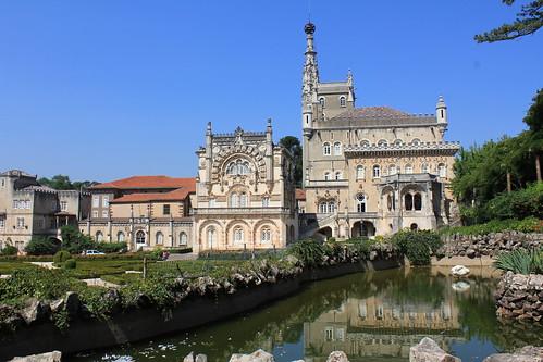 castle portugal hotel august palace luso bucaco schlos 2013 palasthotel paláciohoteldobuçaco matanacionaldobuçaco