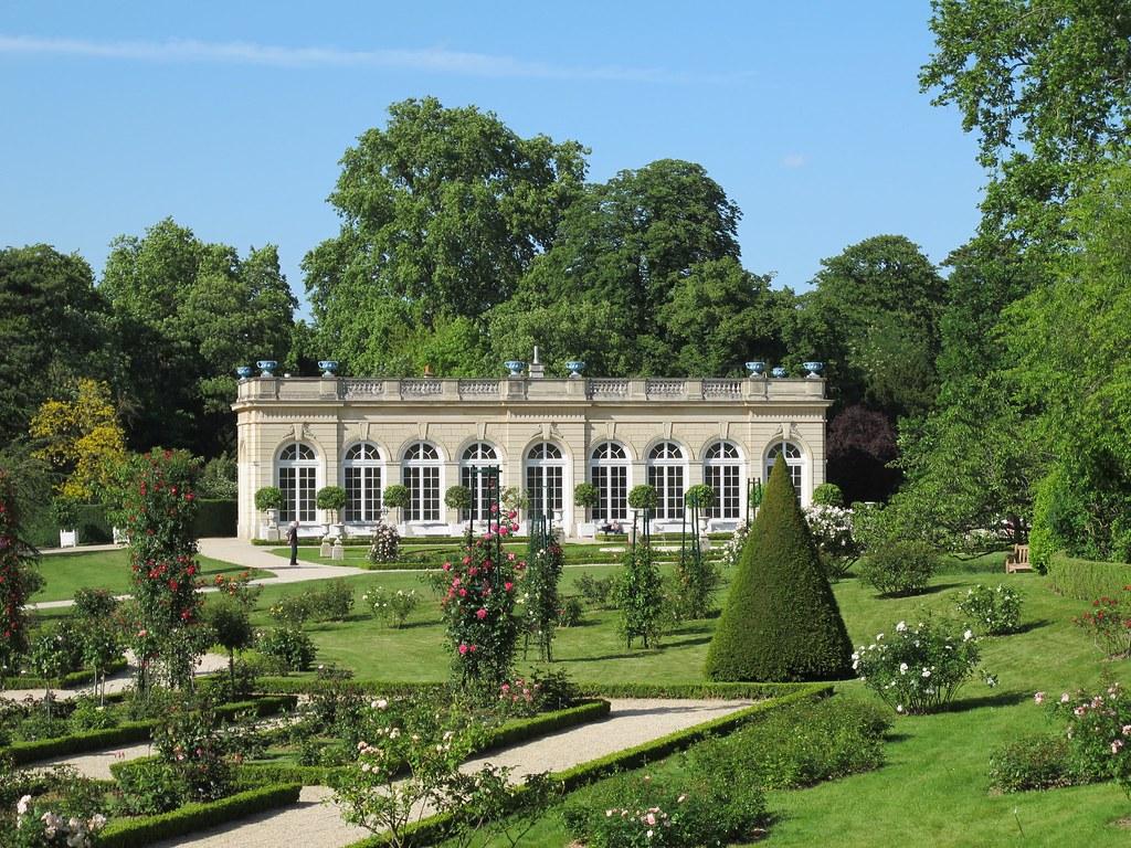 L\'orangerie - Jardin de Bagatelle, bois de Boulogne, Paris…   Flickr