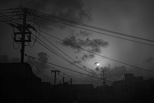 oldsanjuan viejosanjuan puertorico sun sol clouds nubes sky cielo cables rooftops techos sunrise amanece amanecer